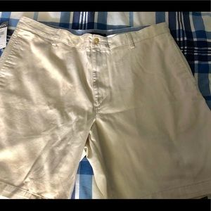 NWT men's shorts by Chaps in size 40
